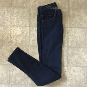 Dark blue skinny women jeans